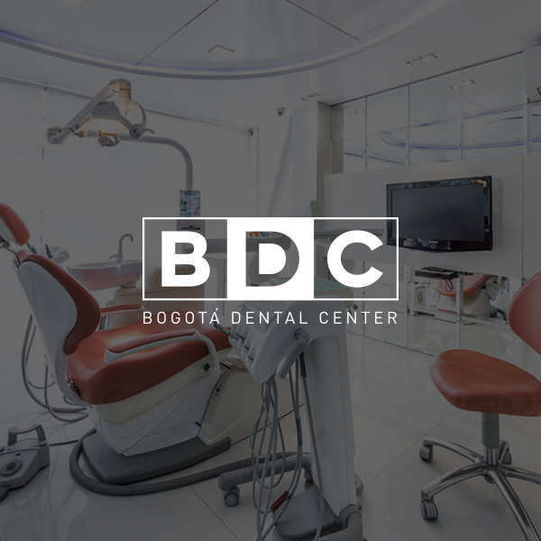 branding y diseño web para consultorio odontológico  en Bogotá